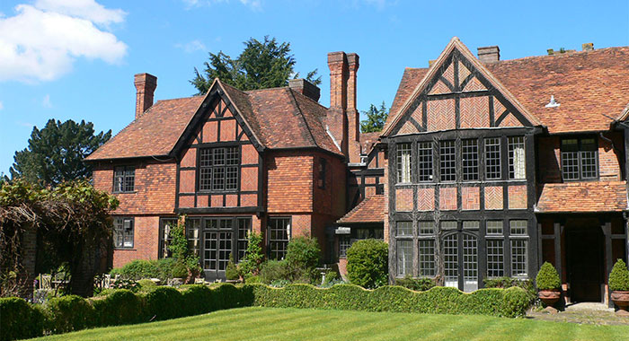 Hook End Manor Luxury Refurbishment