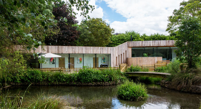 House In The Garden Of A Listed Building - Sustainable Design